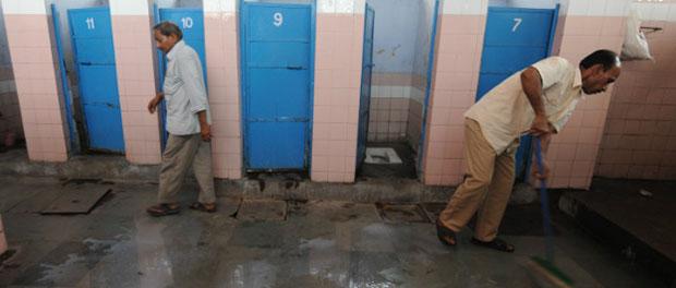 india-toilets